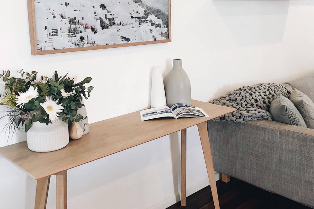 arrange extra furniture