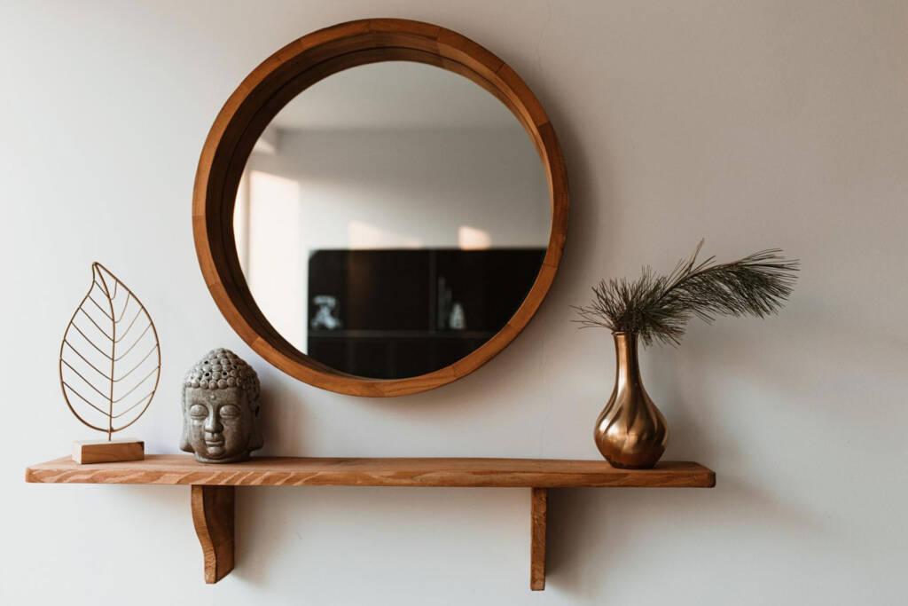 illuminate with mirrors